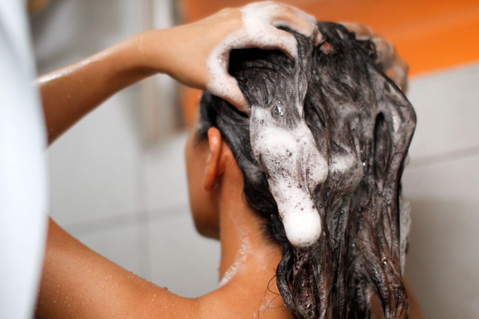 0-3 Лучший шампунь для жирных волос и жирной кожи головы! Рейтинг ТОП 10, отзывы, цены%obz