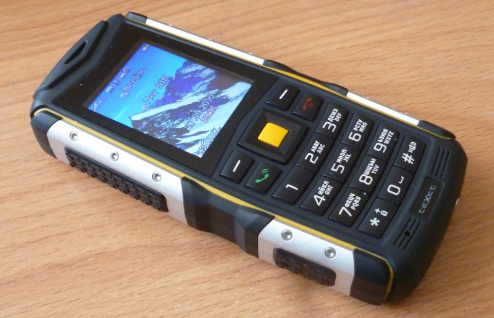 1-33 Рейтинг 7 лучших противоударных телефонов и смартфонов с усиленной батареей!%obz