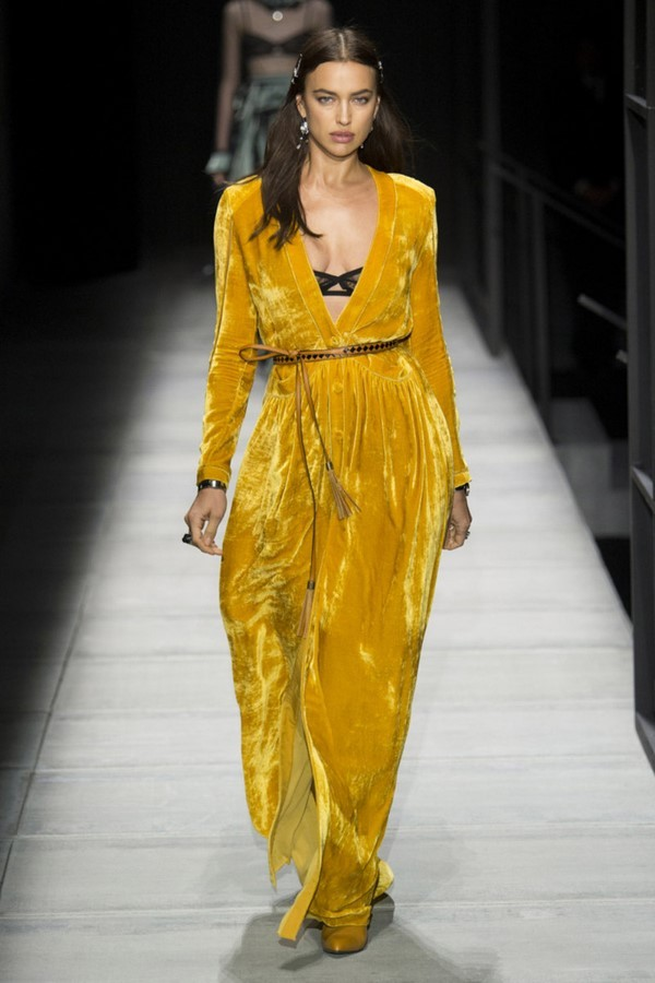 76ef8b79e78 Модное женское платье осень