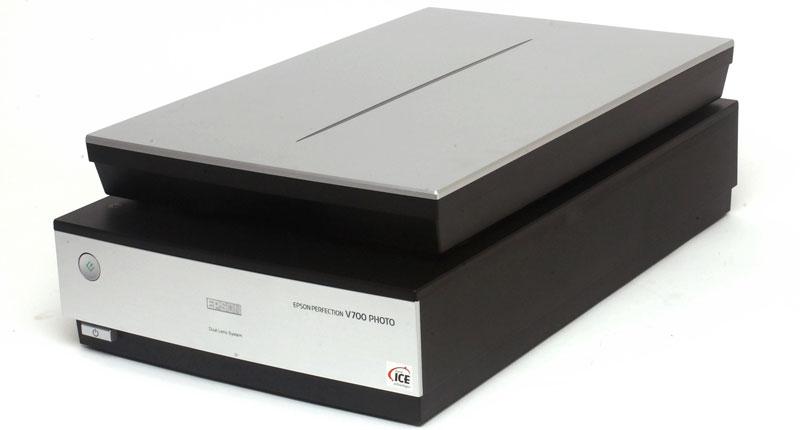 Epson-Perfection-V700-Photo Выбираем лучший сканер для дома и офиса: рейтинг ТОП 7, характеристики, отзывы, цена%obz