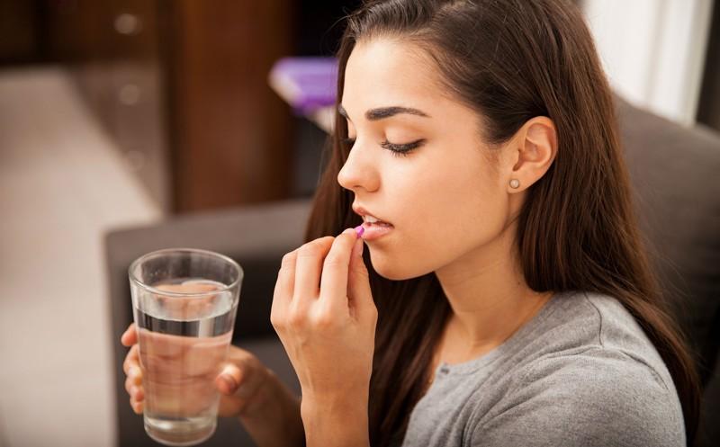 mini-2-2 Рейтинг ТОП 7 лучших витаминов для женщин: какие выбрать, состав, плюсы и минусы, отзывы%obz