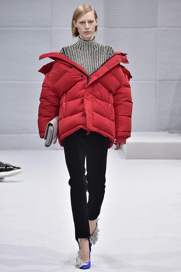 oversize-kurtki-4 Модные женские куртки на сезоны осень, зима, весна 2018 - 2019! Тенденции, новинки, 115 фото%obz